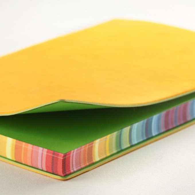 2019 Signature Chromatic Diary – A6, Yellow, English version