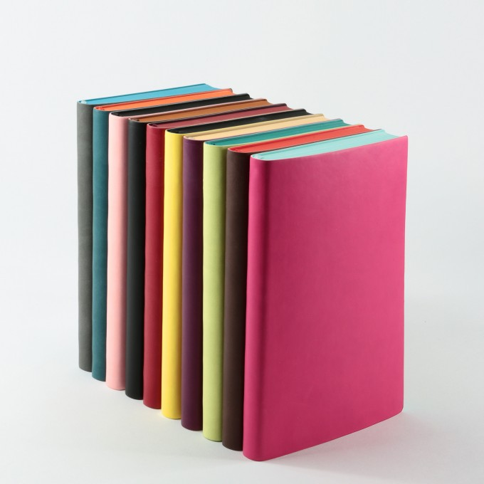 2019 Signature Diary – A5, Magenta, English version