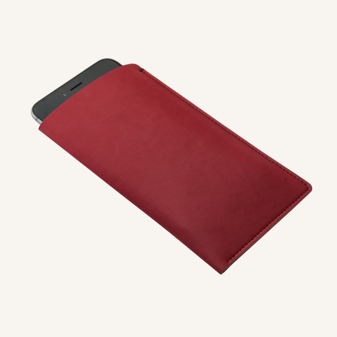 iPhone Plus Pocket – Red