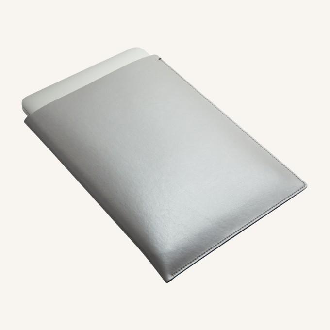 MacBook (2015) Pocket – Silver