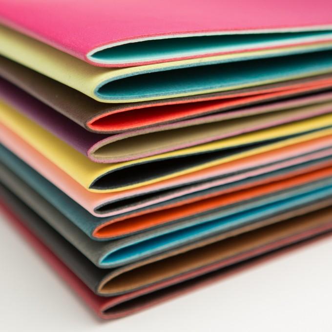 A4 Folder – Magenta